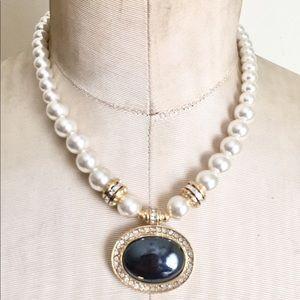 Vintage hematite pearl necklace